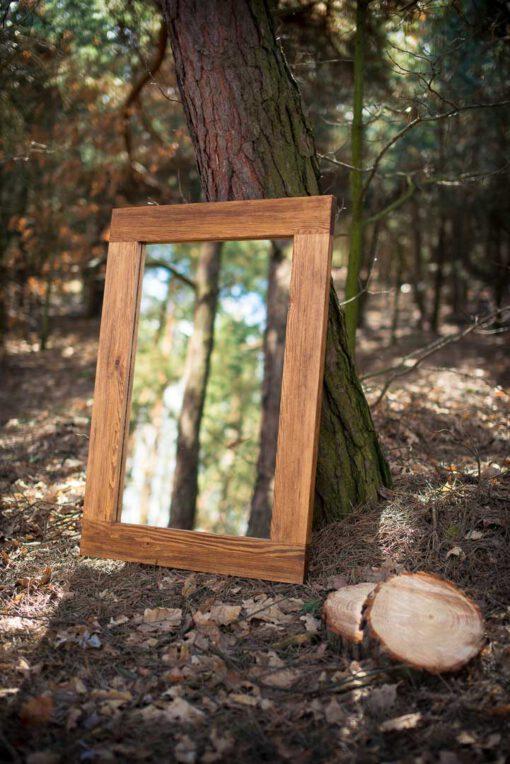 Lustro w drewnianej ramie PURE NATURE w kolorze jasny dąb