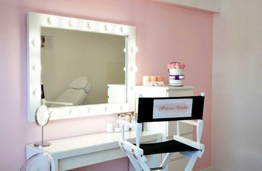 Lustro do makijażu 70x100 ROF-16 ECO (toaletka i krzesło z tego zdjęcia nie są naszym produktem)